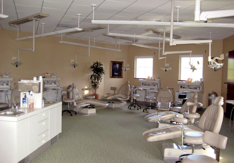 Advanced Dental Training Lab