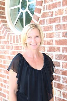 Dr. Kelley Brummett