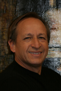 Dr. Jorge E. Mesa