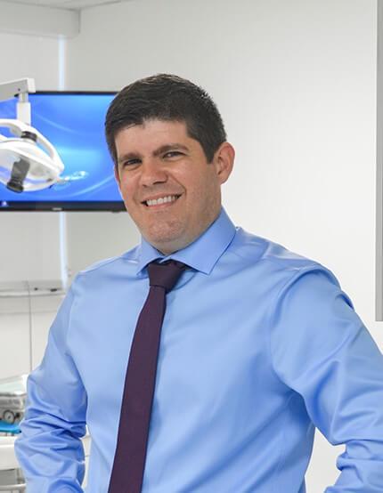 Dr. Eduardo Martinez